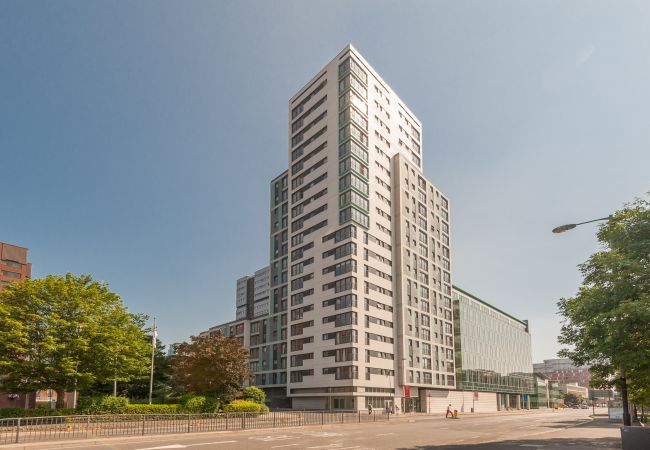 Apartment in Glasgow - Argyle Apartments - two bedroom