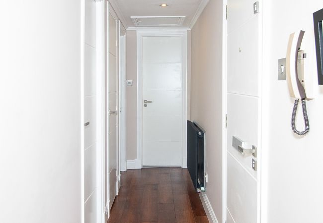 Apartment in Glasgow - Saint Andrew's Square - Private Parking and balcony