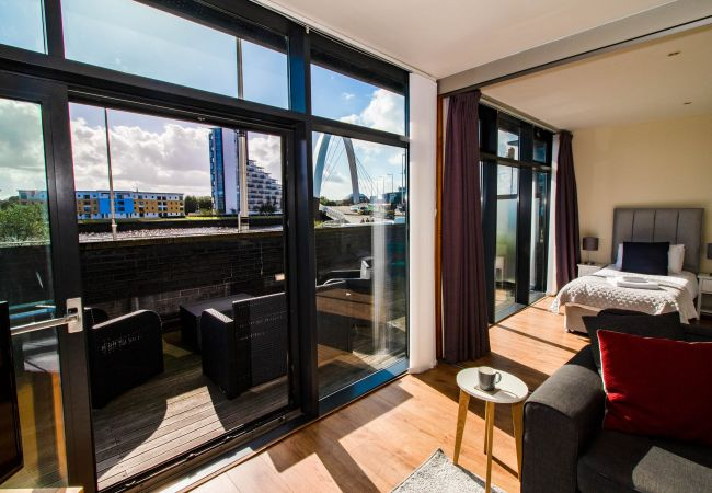 Apartment in Glasgow - Clyde River View Apartment